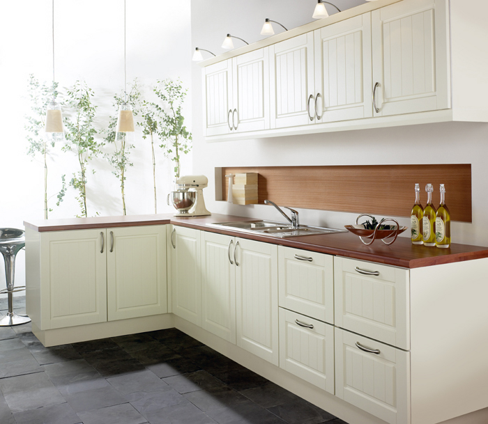 Cream shaker kitchens for Modern shaker kitchen